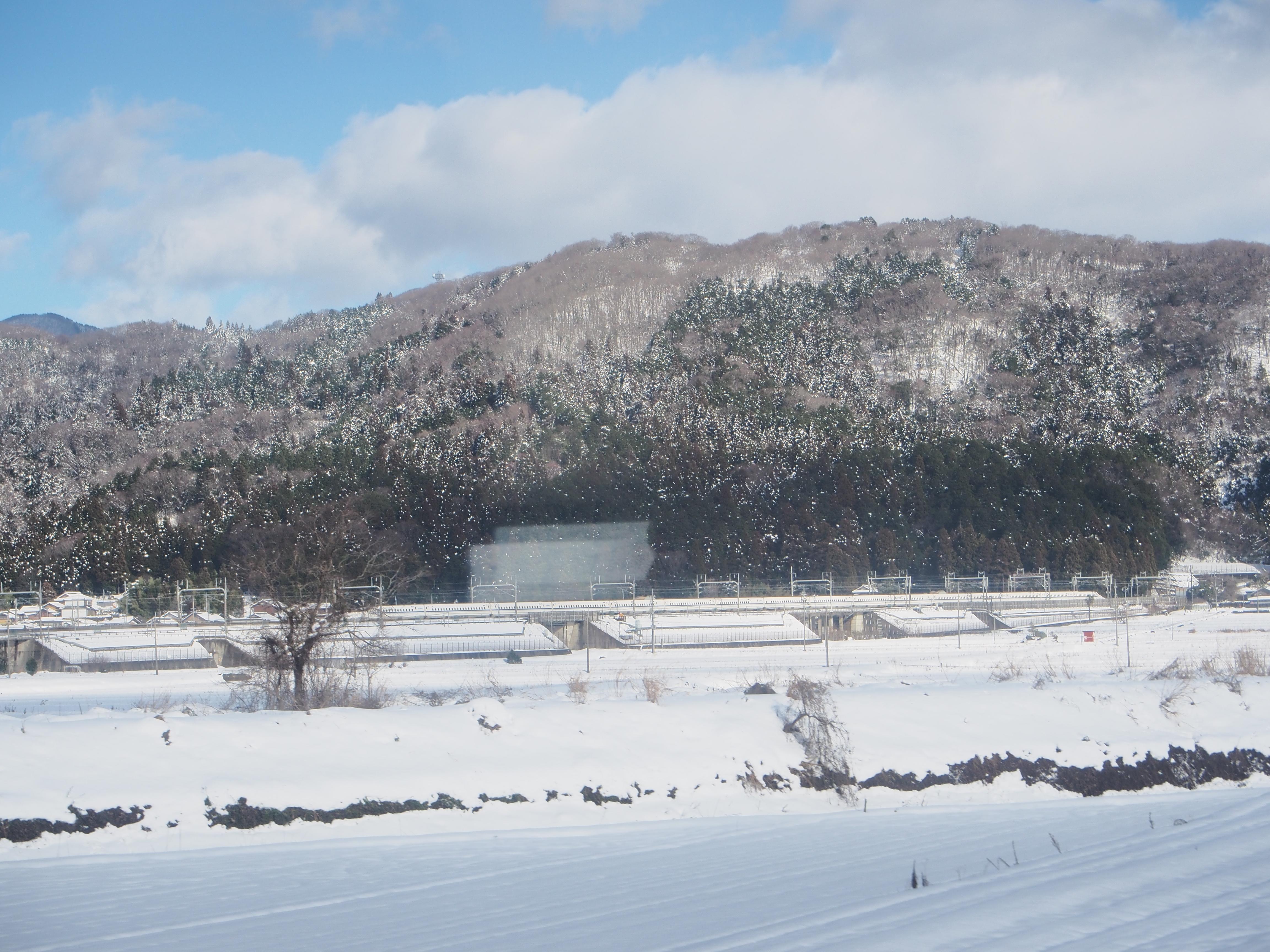 東海道線 近江長岡付近の車窓
