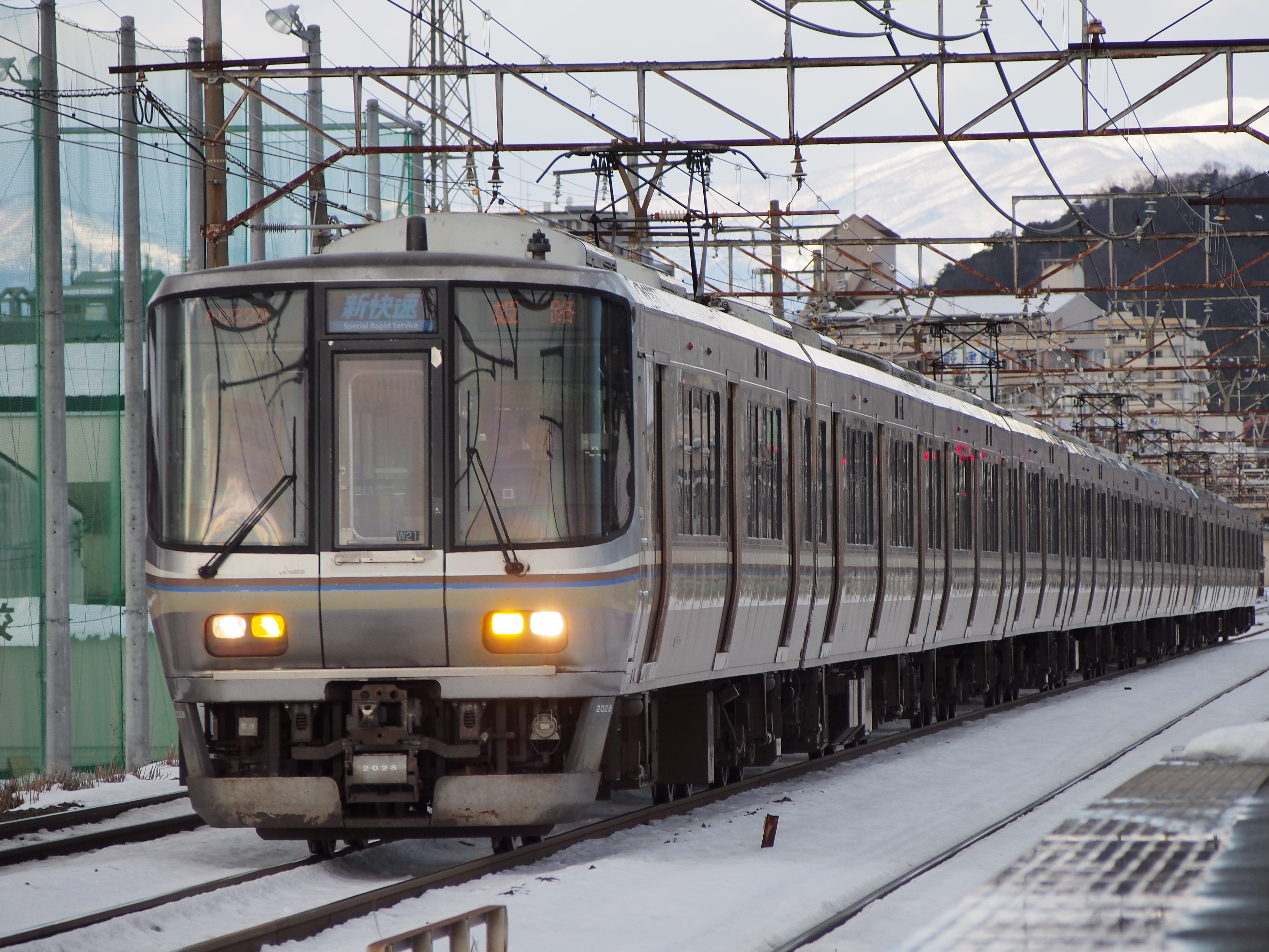 琵琶湖線下り 新快速 姫路行き